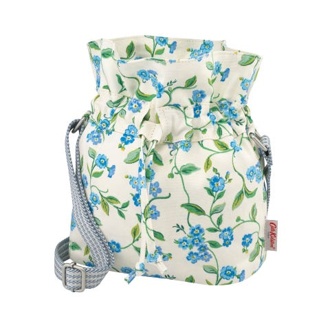 Forget Me Not The Hitch Bag Cream
